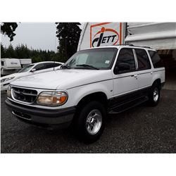A8 --  1998 FORD EXPLORER  , White , 268168  KM's