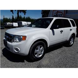 F4 --  2011 FORD ESCAPE XLT , White , 150781  KM's