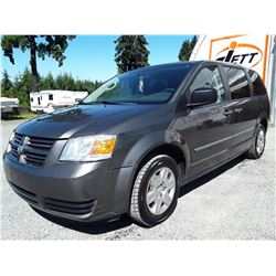J5 --  2010 DODGE GRAND CARAVAN SE , Grey , 213215  KM's