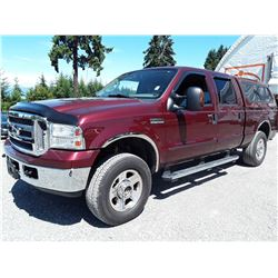 G2 --  2006 FORD F250 LARIAT SUPER DUTY 4X4 , Red , 195643  KM's