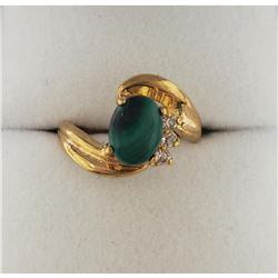 Exquisite Ladies 1.40 ct Green Malachite Gemstone Oval Cut Ring