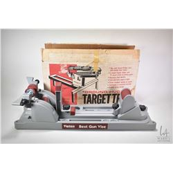 Outers Ground Hugger target trap in original box and a Tipton Best Gun Vise