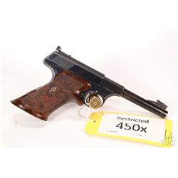Restricted handgun Colt model Woodsman, .22 LR ten shot semi automatic, w/ bbl length 114mm [Blued f