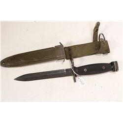 USM8A1 bayonet with scabbard.