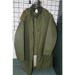 Men's Peerless Garment Ltd. Extreme Cold Weather two piece parka with circa 1974, for military use.