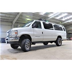 2014 Ford E350 XLT Super Duty 4-Wheel Drive 4X4 Passenger Van, 68260 Miles (Runs, Drives, See Video)