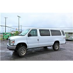 2013 Ford E350 XLT Super Duty 4-Wheel Drive 4X4 Passenger Van, 77023 Miles (Runs, Drives, See Video)