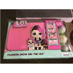 LOL Surprise! Fashion Show-On-The-Go Set