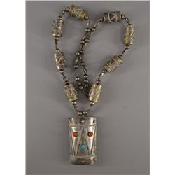 NAVAJO INDIAN NECKLACE AND PENDANT (JT)