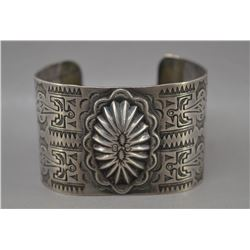 NAVAJO INDIAN SILVER BRACELET