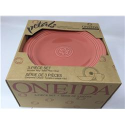 Oneida Petals 3Piece Set