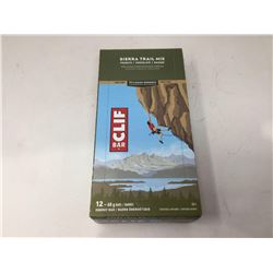 Cliff Sierra Trail Mix Energy Bars (12 x 68g)