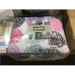 Mi-Zone Queen Size Comforter Set