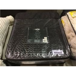 "UGG Dorian Knit Throw Blanket (50"" x 70"")"