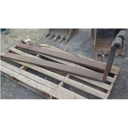 Pair: Forklift Forks (Approx. 6' Long)