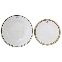 Lot of two porcelain dinner plates by Richard Ginori, ex-Andrea Doria (1956), ex-Malone.