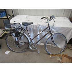 Venture Variable Speed Pedal Bike w Vintage Folding Child's Seat
