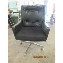 Leather/Upholstered Swivel Chrome Legged Office Chair - Modern