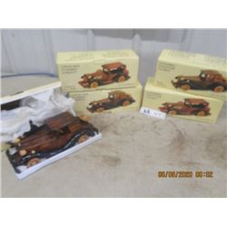 5 Vintage Wooden Car Ornaments w Box - New/Old Stock