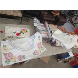 225 pcs Of Dining Clothes, Doillies, Place Mats, Embroidered Table Clothes & More!