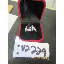 Beautiful SIlver Fashion Ring Size 9