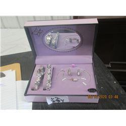 """Ladies """"Bolori"""" Watch, Bracelet & Earring Set"""