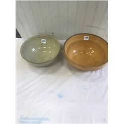 """2x Mixing Bowls - 10"""" and 9"""""""