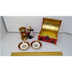 2 MagMates Magnetic Brown and Black Bear from RCMP Collection, 2 Falconware Plates, and Tin