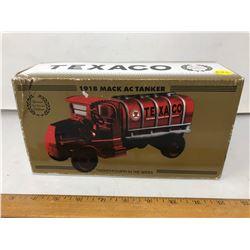 "ERTL Special Edition ""Texaco"" 1918 Mack AC Tanker NIB"