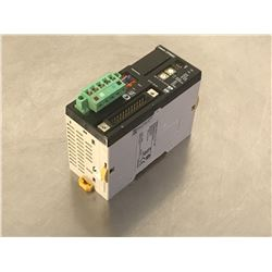 OMRON CPM2C-S110C-DRT PROGRAMMABLE CONTROLLER