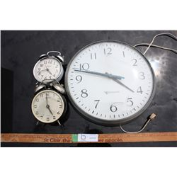 Lot of 3 Clocks (Edwards Wall Clock Does NOT WORK)