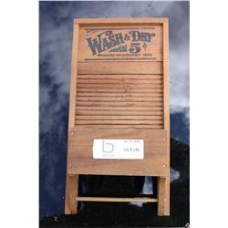 Mini Wall Hanging Wash & Dry Washboard