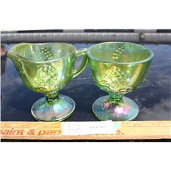 2 Pieces of Green Carnival Glass