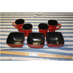 3 Bowls and 4 Mugs Red & Black Dishes