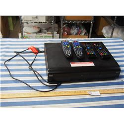 Bell HDTV Receiver with 4 Remotes