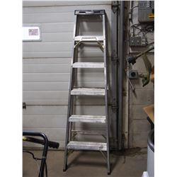 Aluminium Second Grade 5ft Folding Ladder
