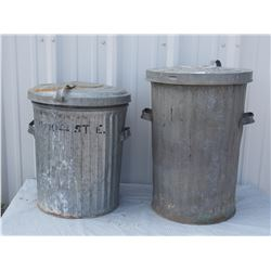 2 Garbage Cans with Lids