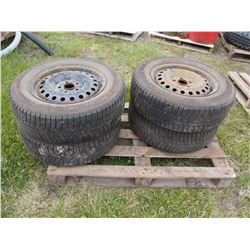 4 TIMES THE MONEY: Michelin 215/65/R16 Tires with Rims