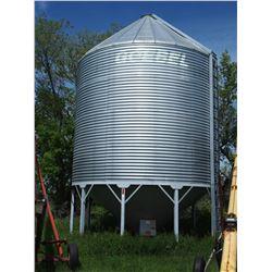 Goebel Hopper Bin -4200 Bushels