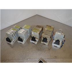 (5) SIEMENS 1P 6FC5111-0CA73-0AA1 RACK WITH MODULES
