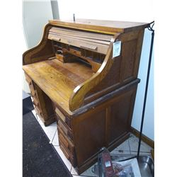SOLID OAK ROLL TOP ANTIQUE DESK