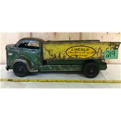 LINCOLN TIN TOY DUMP TRUCK