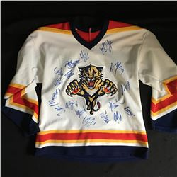 2019-20 FLORIDA PANTHERS TEAM SIGNED JERSEY w/ STILLMAN, YANDLE, QUENVILLE...