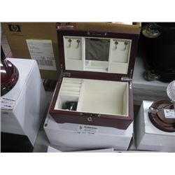 NEW GIFTWARE WOODEN JEWLERY BOX