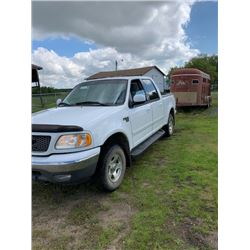2003 Ford FlSO XLT 4x4, 5.4 Litre gas engine 236,654 kms good tires, chip on front windshield, good