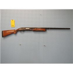 Remington Wingmaster Model 870 pump-action 12 gauge for 2 and 3/4 in shells vent rib slight rust on