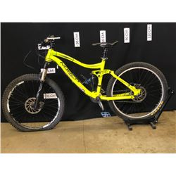 GREEN NORCO COMOR 20 SPEED FULL SUSPENSION MOUNTAIN BIKE WITH FRONT AND REAR HYDRAULIC DISC BRAKES