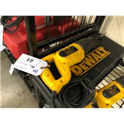 DEWALT CORDED RECIPROCATING SAW WITH CASE