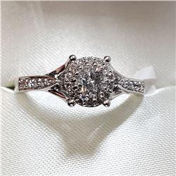 14K WHITE GOLD DIAMOND (0.4CT) DIAMOND(0.16CT) RING
