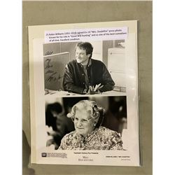 """ROBIN WILLIAMS (1951-2014) SIGNED 8 X 10 """"MRS. DOUBTFIRE"""" PRESS PHOTO. KNOWN FOR HIS ROLE IN"""